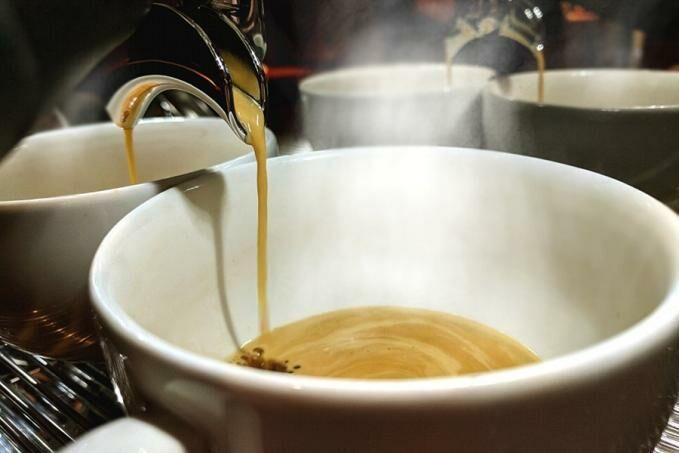 Langyos kávé